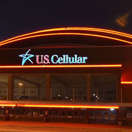 U.S. Cellular building neon sign