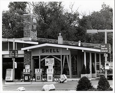 Shell station, Lemberg customer, 1992