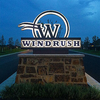 IMG: Windrush monument, Lemberg Sign Customer